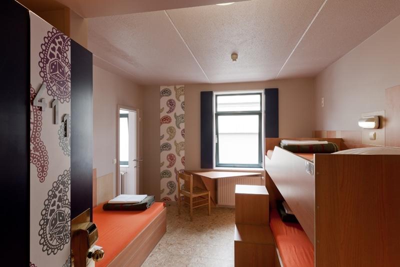 auberge-jeunesse-sleep-well-hostel-bruxelles03