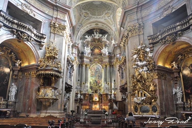 Visiter Vienne en 3 jours - église Peterskriche