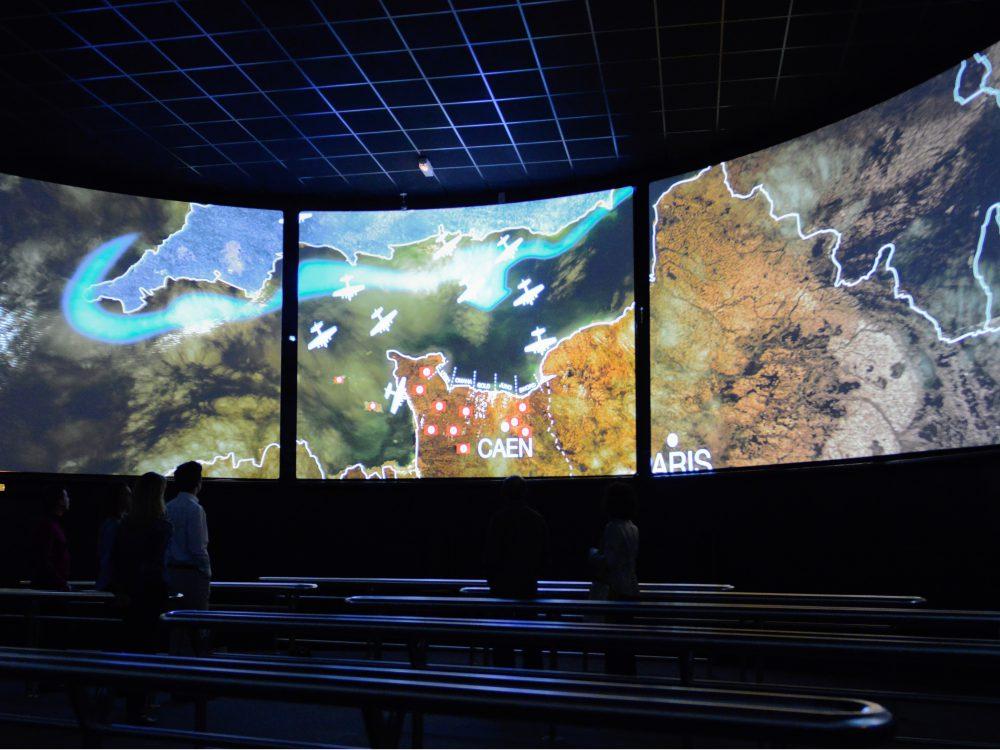 Visiter les plages du débarquement - Cinéma circulaire Arromanches 360°