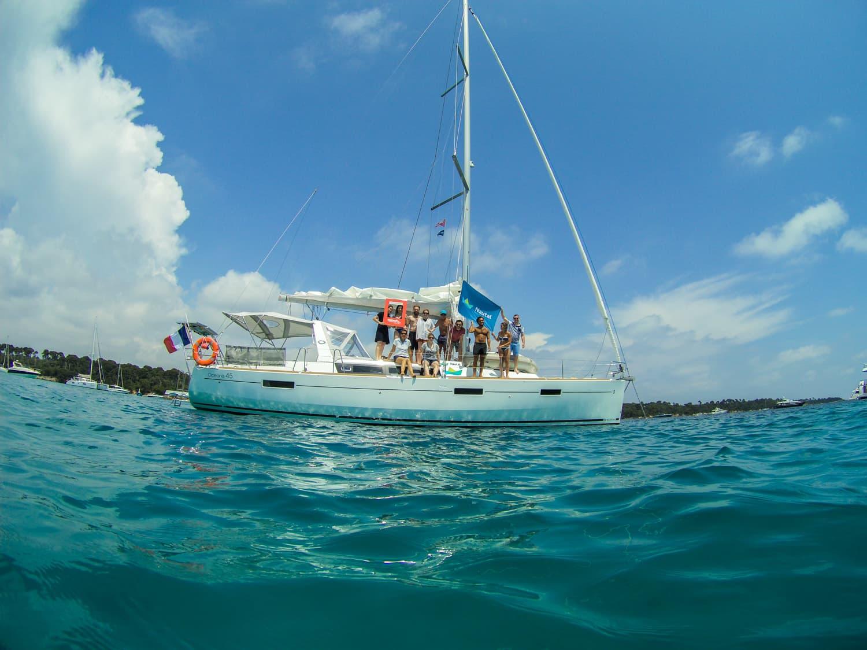 Activités à faire en Côte d'Azur - Journée en voilier Nautal