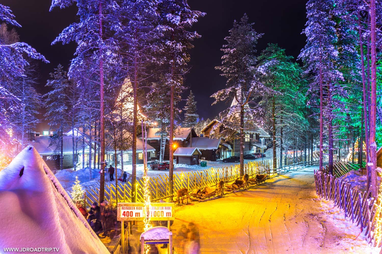 Visiter le village du père Noël à Rovaniemi - Tour en rennes