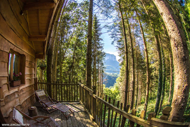 Hébergements insolites dans les Alpes du Léman - Cabane dans les bois