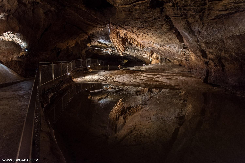 Grottes et gouffres à voir dans la région du Lot - Lacave