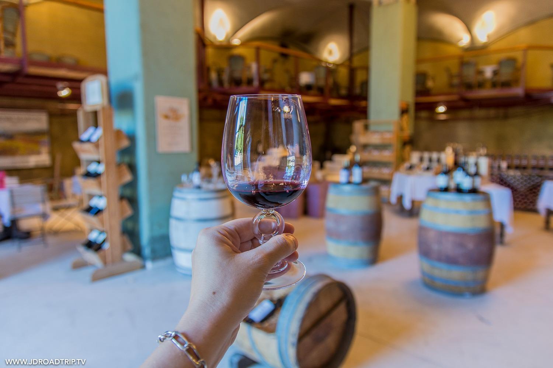 Visiter le château de Mercuès - Dégustation de vin