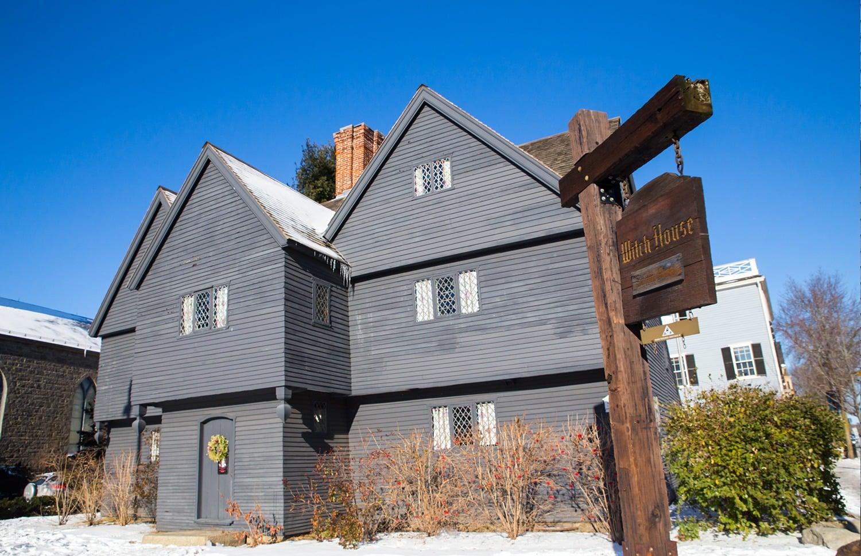 Passer une journée à visiter Salem - Witch House