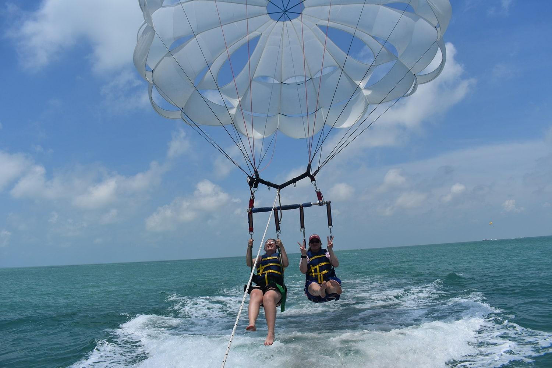 Faire du parachute ascensionnel à Miami ou aux Keys !