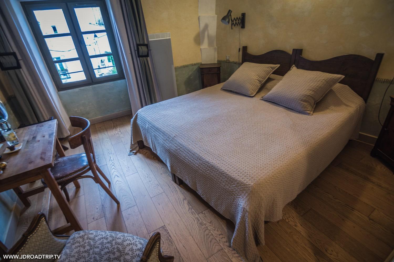 Passa Païs - Des lits sur la place