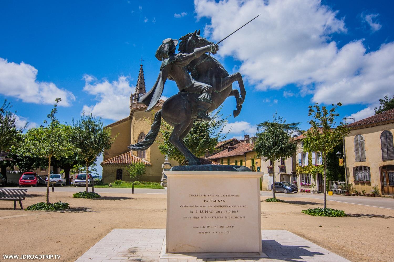 Que faire dans le Gers : Village de Lupiac
