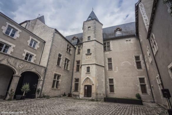 Loire à vélo - Château de Beaugency